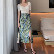 skirt Summer 2021 S,M,L green Mid length dress commute High waist skirt Decor Type H 25-29 years old 51% (inclusive) - 70% (inclusive) other No foam other printing Simplicity