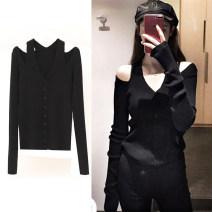 Women's large Autumn of 2019 Black, white Knitwear / cardigan singleton  commute Straight cylinder thin Cardigan Long sleeves Korean version V-neck routine