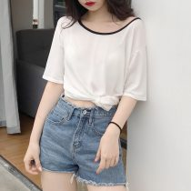 T-shirt white Average size Summer of 2018 Short sleeve Crew neck easy Medium length routine commute other 31% (inclusive) - 50% (inclusive) 18-24 years old Simplicity Color matching Other / other Two
