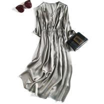 Dress Spring 2021 160/84B(M),165/88B(L),170/92B(XL) Mid length dress singleton  commute V-neck Elastic waist Type H Pu Xu Retro More than 95% silk