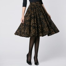 skirt Winter 2017 M L black Mid length dress grace Natural waist A-line skirt Broken flowers Type A 71% (inclusive) - 80% (inclusive) Lace Tshinelife / tshanelife nylon Cut out printed lace Pure e-commerce (online only)