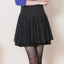 skirt Winter 2017 M L XL black Short skirt grace High waist Fluffy skirt Solid color Type A BHF776 31% (inclusive) - 50% (inclusive) Lace Tshinelife / tshanelife polyester fiber Thread lace Polyester 44% polyamide 40% regenerated cellulose 16% Pure e-commerce (online only)