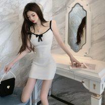 Dress Spring 2021 White, black Average size 18-24 years old