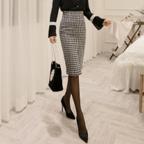 skirt Winter 2020 S,M,L,XL,2XL Black and white Middle-skirt commute High waist skirt lattice Type H 30-34 years old WQ180962 51% (inclusive) - 70% (inclusive) Wool Weimu Weiyi wool Ol style 501g / m ^ 2 (inclusive) - 600g / m ^ 2 (inclusive)