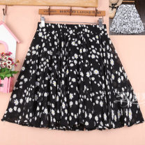 skirt Summer 2020 One size fits from 1'9 to 2'6 Black, white, 5, 12, 11, 9, 3, 4, 6, 7, 8 Short skirt Versatile High waist Fluffy skirt Broken flowers Type A 51% (inclusive) - 70% (inclusive) Chiffon cotton Pleating, pleating, thread, screen, printing