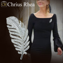 Brooch other 101-200 yuan Other / other Elegant silver brand new goods in stock Europe and America female Fresh out of the oven other other