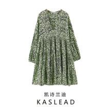 Dress Spring 2020 green S, M Short skirt Long sleeves street V-neck Broken flowers Socket printing Europe and America