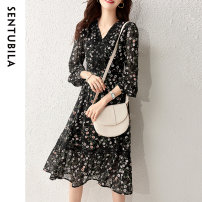 Dress Spring 2021 Black color S M L XL Mid length dress singleton  Long sleeves commute V-neck High waist Decor Socket other routine 25-29 years old Type A Sentubila / sandubira Simplicity Stitching zipper SD111L34353TM More than 95% polyester fiber Polyester 100% Pure e-commerce (online only)