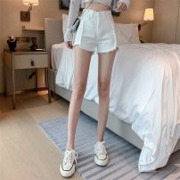 Jeans Spring 2021 white S,M,L shorts High waist Wide legged trousers routine 18-24 years old Coated denim Dark color lym14594 Other / other 31% (inclusive) - 50% (inclusive)