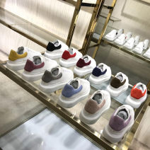 Low top shoes 34,35,36,37,38,39,40 Other / other Round head Top leather Muffin bottom Middle heel (3-5cm) Midmouth top layer leather Autumn of 2018 Frenulum leisure time Adhesive shoes Solid color Rubber foaming Block shoes Color matching top layer leather daily Napa
