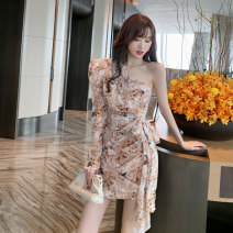 Dress Autumn 2020 coffee S M L Short skirt singleton  Sleeveless street One word collar High waist Decor Socket A-line skirt other Oblique shoulder 18-24 years old Type A Snow Wolf Pleated lace up zipper print More than 95% Chiffon other New polyester fiber 100% Pure e-commerce (online only)