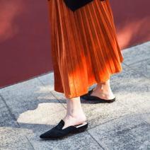 skirt Spring 2017 S,M,L Blue velvet skirt (dark black), blue velvet skirt (dry rose powder), blue velvet skirt (island blue), blue velvet skirt (New waterfall blue), blue velvet skirt (autumn orange), blue velvet skirt (cinnabar) Mid length dress street Natural waist A-line skirt Solid color