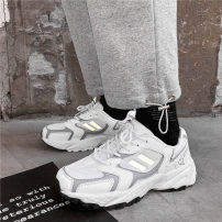 Low top shoes White, off white 39,40,41,42,43,44 Other / other Multi material splicing Frenulum Round head Outdoor leisure shoes Netting The trend of youth daily spring and autumn Rubber foaming wear-resisting Adhesive shoes Youth (18-40 years old) Middle heel (3-5cm)