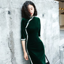 cheongsam Autumn of 2019 S M L XL XXL XXXL Dark green white lace medium length (for pendant) dark green black lace medium length (for pendant) black velvet Black Lace medium length (for pendant) three quarter sleeve Short cheongsam ethnic style High slit daily Oblique lapel Solid color Piping other