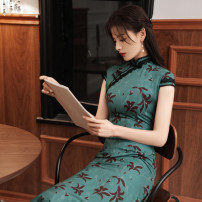 cheongsam Spring 2021 S M L XL XXL XXXL Green long cheongsam Beige long cheongsam Short sleeve long cheongsam Retro High slit daily Oblique lapel Decor 25-35 years old Piping MGFG3951 Luxury · style polyester fiber Polyester 100% Pure e-commerce (online only)