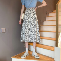 skirt Summer 2021 Average size White [68cm], black [68cm], white [74cm], black [74cm] Mid length dress commute High waist A-line skirt Broken flowers Type A 18-24 years old Chiffon polyester fiber printing Korean version