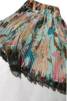 Casual pants Broken flower / blue, broken flower / Khaki Average size Spring 2016 shorts Pencil pants Natural waist commute Thin money 25-29 years old 91% (inclusive) - 95% (inclusive) AUDIOVISUAL nylon Retro fold Asymmetry
