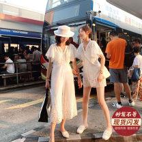 Casual pants White trousers, white shorts XS,S,M,L Summer of 2019 shorts Wide leg pants High waist commute Thin money 31% (inclusive) - 50% (inclusive) 0513222 hollow-070513223 hollow-08 cotton Korean version Lace stitching cotton