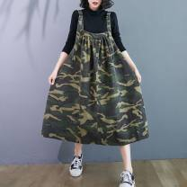 Women's large Spring 2021 Army green, black flower Big size average singleton  commute easy moderate literature printing and dyeing pocket Medium length straps