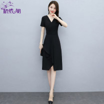 Dress Summer 2021 Jujube Black M L XL XXL XXXL Mid length dress singleton  Short sleeve commute V-neck High waist Solid color Socket A-line skirt routine Others 25-29 years old Hangyi Pavilion Korean version Three dimensional mosaic decoration HYG212132 More than 95% Chiffon polyester fiber