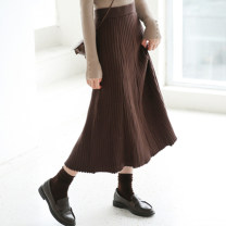 skirt Autumn 2020 Average size Black, brown longuette commute High waist Pleated skirt Solid color Type A 25-29 years old 31% (inclusive) - 50% (inclusive) knitting Viscose fold Korean version