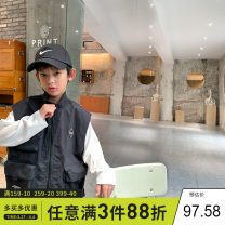 Vest male black 130cm,140cm,150cm,160cm,170cm Xiaoxing spring and autumn routine There are models in the real shooting zipper leisure time Cotton blended fabric Solid color Cotton 71.6% polyamide fiber (nylon) 28.4% Tmj21601 Class C Chinese Mainland