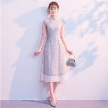 cheongsam Summer of 2018 M L XL XXL 3XL Greyish green short sleeve pink short sleeve red short sleeve (for toasting) Sleeveless Short cheongsam Retro Low slit daily Straight front 18-25 years old Embroidery ORFQ0604 Love of Ou ruofeng other Other 100% Pure e-commerce (online only)