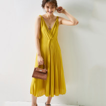 Dress Spring 2020 Yellow, pink XS,S,M longuette singleton  Sleeveless commute V-neck High waist other Pleated skirt Type A Pig house / gentle pig Simplicity Splicing More than 95% other