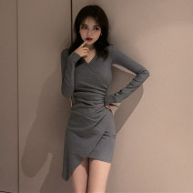 Dress Autumn 2020 Grey skirt, black skirt S,M,L,XL Short skirt singleton  Long sleeves commute V-neck High waist Solid color Socket One pace skirt 18-24 years old Type A Korean version 81% (inclusive) - 90% (inclusive)