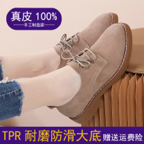 Low top shoes 35,36,37,38,39,40 Other / other Black, khaki, brown, khaki plush, black plush Round head Cattle suede (frosted) Thick heel Low heel (1-3cm) Midmouth PU Spring 2021 Frenulum Korean version Adhesive shoes Youth (18-40 years old) Solid color TPR (tendon) Single shoes PU 20WXX187 Frosting