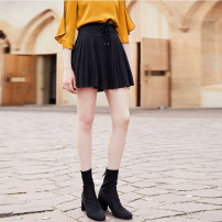 skirt Autumn of 2019 S M L XL black Short skirt motion Natural waist Pleated skirt Solid color 25-29 years old J836027F 51% (inclusive) - 70% (inclusive) Beauty garden polyester fiber Polyester fiber 61.7% viscose fiber (viscose fiber) 33.3% polyurethane elastic fiber (spandex) 5%