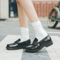 Low top shoes 34,35,36,37,38,39,40 Saana / sinasa Black, brown, socks for collection and purchase Square head Double skin mulching Thick heel Middle heel (3-5cm) Deep mouth Superfine fiber Autumn 2020 Trochanter solar system Adhesive shoes Solid color Single shoes Two layer pigskin daily