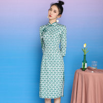 cheongsam Spring 2021 S,M,L,XL Green (for hanging decoration) three quarter sleeve long cheongsam Retro High slit daily Oblique lapel 18-25 years old cotton 51% (inclusive) - 70% (inclusive)