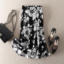 skirt Summer 2021 S,M,L,XL Black, white Mid length dress street High waist skirt Big flower Type A 71% (inclusive) - 80% (inclusive) Zipper, stitching, printing Europe and America