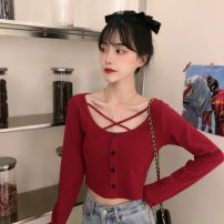 T-shirt Dark blue, grey, red Average size Spring 2021 Long sleeves Crew neck Self cultivation have cash less than that is registered in the accounts routine commute other 30% and below 18-24 years old Korean version Solid color
