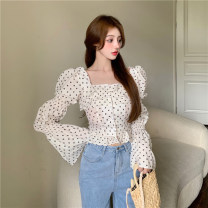 shirt Apricot bottom floret, safflower S,M,L Spring 2021 other 30% and below Long sleeves commute Short style (40cm < length ≤ 50cm) square neck Single row multi button puff sleeve Broken flowers 18-24 years old Self cultivation Korean version 4.2B Splicing