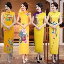 cheongsam Spring 2021 XXL,XXXL,M,L,XL,4XL,5XL Feifeng, lady, Xiasheng, Xiahe, Dahua, huahuasheng, Huanghua, Chunyi, Xiangfeng, zihuangfeng, diefeichun, Chunjiao, xiangfengwu, Huangya Short sleeve long cheongsam grace High slit daily Straight front Decor 18-25 years old Piping silk 30% and below