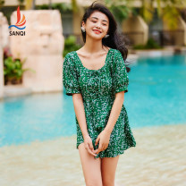 one piece  Sanqi M L XL XXL green One piece flat corner swimsuit With chest pad without steel support Nylon, spandex and others Spring 2021 yes female Short sleeve Casual swimsuit other Pleating