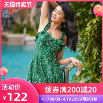 one piece  Sanqi M L XL green Skirt one piece With chest pad without steel support Nylon, spandex and others Spring 2021 yes female Sleeveless Casual swimsuit Wave point tassels