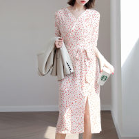 Dress Spring 2020 Broken flowers S,M,L Mid length dress singleton  Short sleeve commute V-neck High waist Dot Socket other routine Others 30-34 years old Type X JOLIMENT Ol style belt 31% (inclusive) - 50% (inclusive) other silk