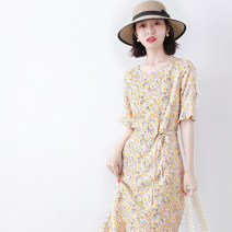 Dress Spring 2021 Broken flowers S,M,L Mid length dress singleton  Short sleeve commute Crew neck High waist Broken flowers Socket other routine Others 30-34 years old Type A JOLIMENT Ol style Frenulum 91% (inclusive) - 95% (inclusive) other other
