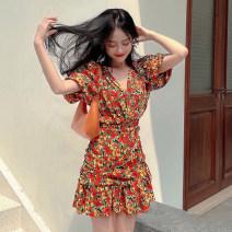 Dress Summer 2021 Green, red S,M,L Short skirt singleton  Short sleeve commute V-neck High waist Decor zipper One pace skirt puff sleeve 25-29 years old T-type Korean version 81% (inclusive) - 90% (inclusive) Chiffon polyester fiber