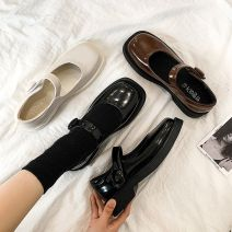 Low top shoes 35,36,37,38,39 Other / other Black, white, brown Round head PU Flat bottom Middle heel (3-5cm) Deep mouth cloth Spring 2021 Flat buckle Korean version Adhesive shoes Youth (18-40 years old) Solid color rubber Single shoes waterproof cloth