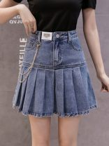 skirt Spring 2021 S,M,L,XL,2XL wathet Short skirt Versatile High waist Pleated skirt Solid color Type A 25-29 years old 91% (inclusive) - 95% (inclusive) Denim Other / other polyester fiber