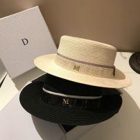 Hat соломенный Белый черный регулируемый Плоский шлем Весеннее лето женщина Молодежная молодежь среднего возраста покупка