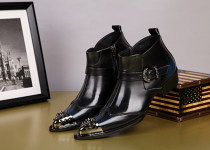 Boots The first layer of pigskin zipper one thousand eight hundred and twenty-five The first layer of leather (except cattle suede) The first layer of leather (except cattle suede) 37 38 39 40 41 42 43 44 45 46 Short tube The first layer of pigskin black Leather boots Pointed Korean version rubber