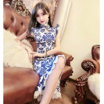 Dress / evening wear wedding S,M,L blue and white porcelain grace Medium length High waist Spring 2020 fish tail stand collar Hollowing out Rayon 18-25 years old Decor 91% (inclusive) - 95% (inclusive)