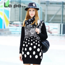 Dress Winter 2015 black XS S M L XL Short skirt singleton  Long sleeves street Crew neck High waist Dot Socket A-line skirt routine Others 18-24 years old Type A La paY-P Patchwork printing DY264801 30% and below other nylon Viscose (viscose) 70.6% polyamide (nylon) 29.4% Europe and America