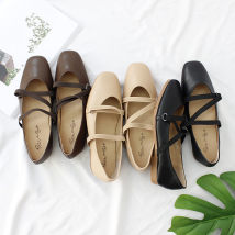 Low top shoes 35 36 37 38 39 40 Other / other Black apricot coffee Square head Flat bottom PU Shallow mouth Flat heel (1cm or less) PU Fall 2017 Elastic band Korean version Adhesive shoes Youth (18-40 years old) Solid color rubber Ballet Flats Combination of shallow mouth and thin band PU daily