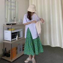 skirt Summer 2021 Average size White T-shirt, green skirt Mid length dress commute High waist A-line skirt Broken flowers Type A 18-24 years old Korean version